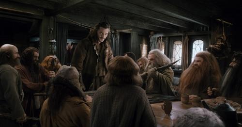 graham-mctavish-as-dwalin-richard-armitage-as-thorin-stephen-hunter-as-bombur-luke-evans-as-bard-dean-ogorman-as-fili-john-callen-as-oin_0