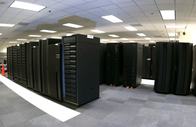 supercomputer-banks-noaa-25472