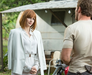 bryce-white-outfit-jurassic-26279