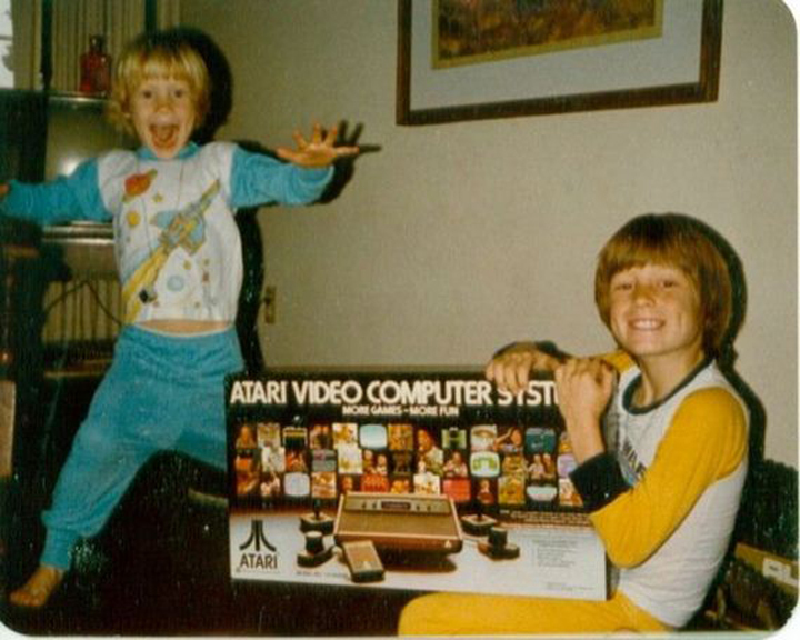 90s Kids Losing Their Crap Over Christmas Video Games is ...