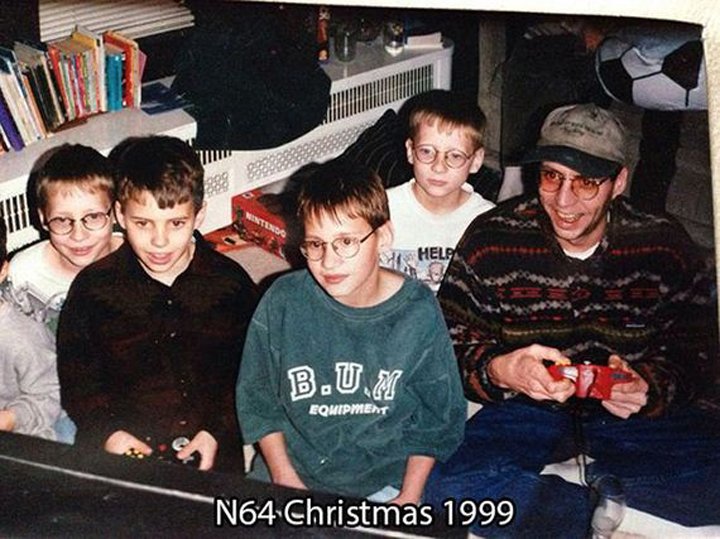 90s kids opening video games (9)