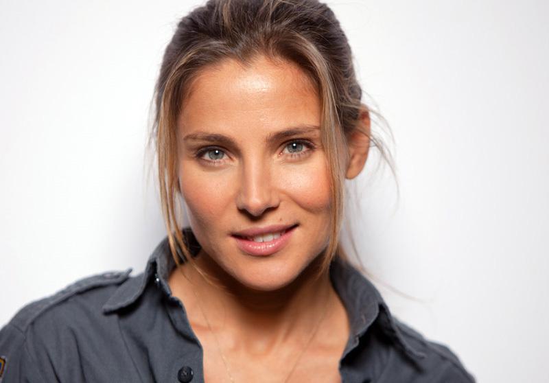 Elena Neves
