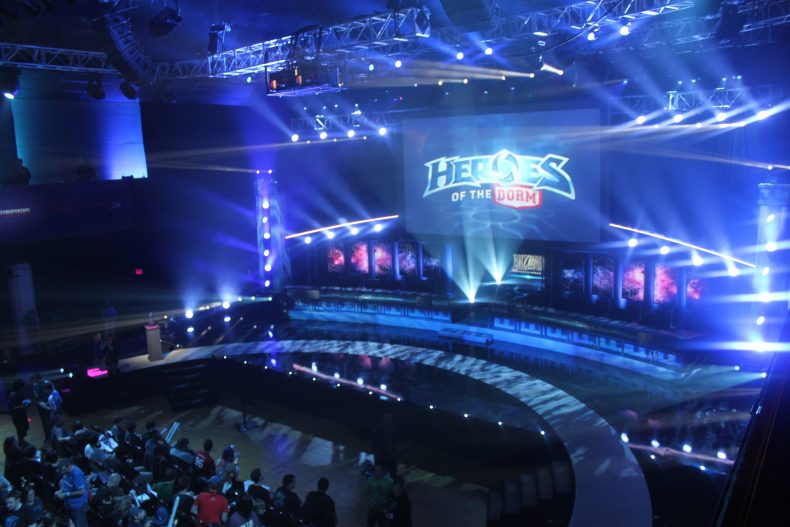 Esports Event Airs on ESPN, the Internet Loses Its Mind ...