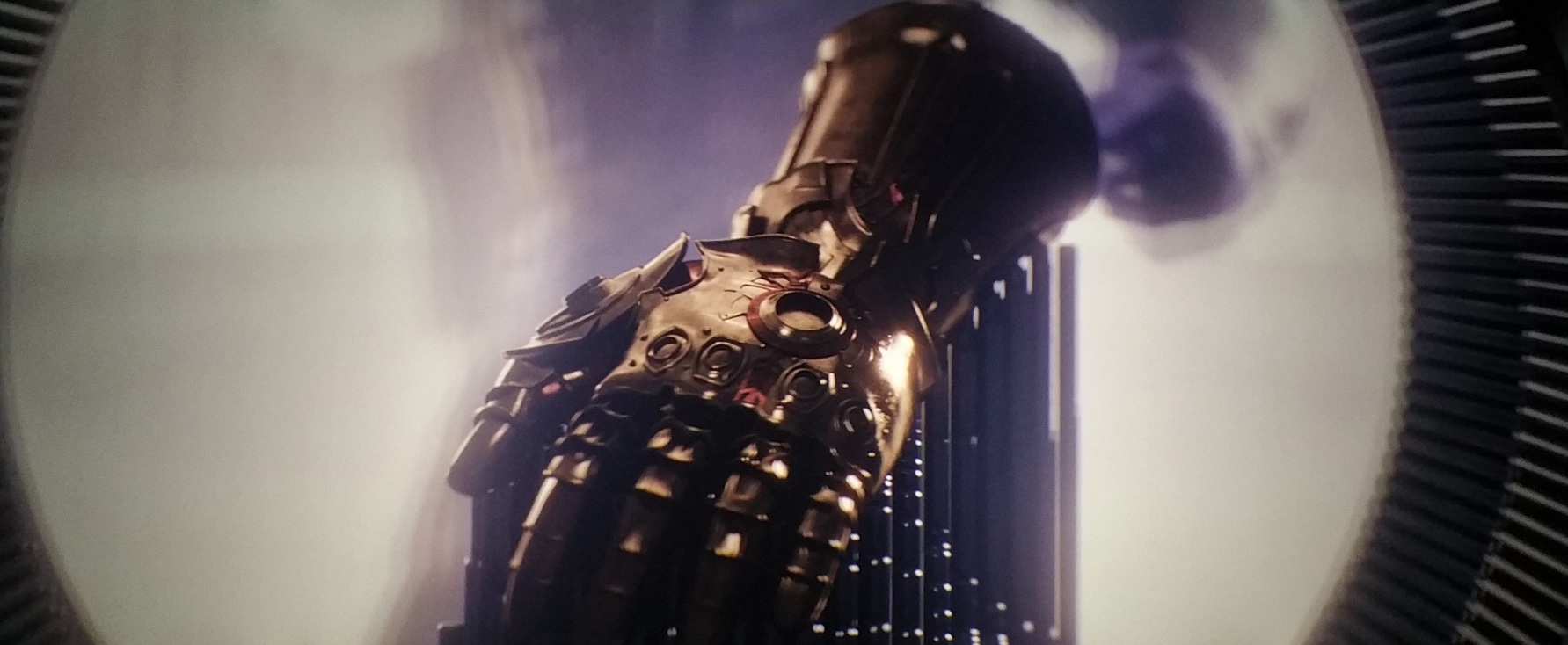Avengers: Age of Ultron - Are There Two Infinity Gauntlets ...  Thanos Infinity Gauntlet Movie