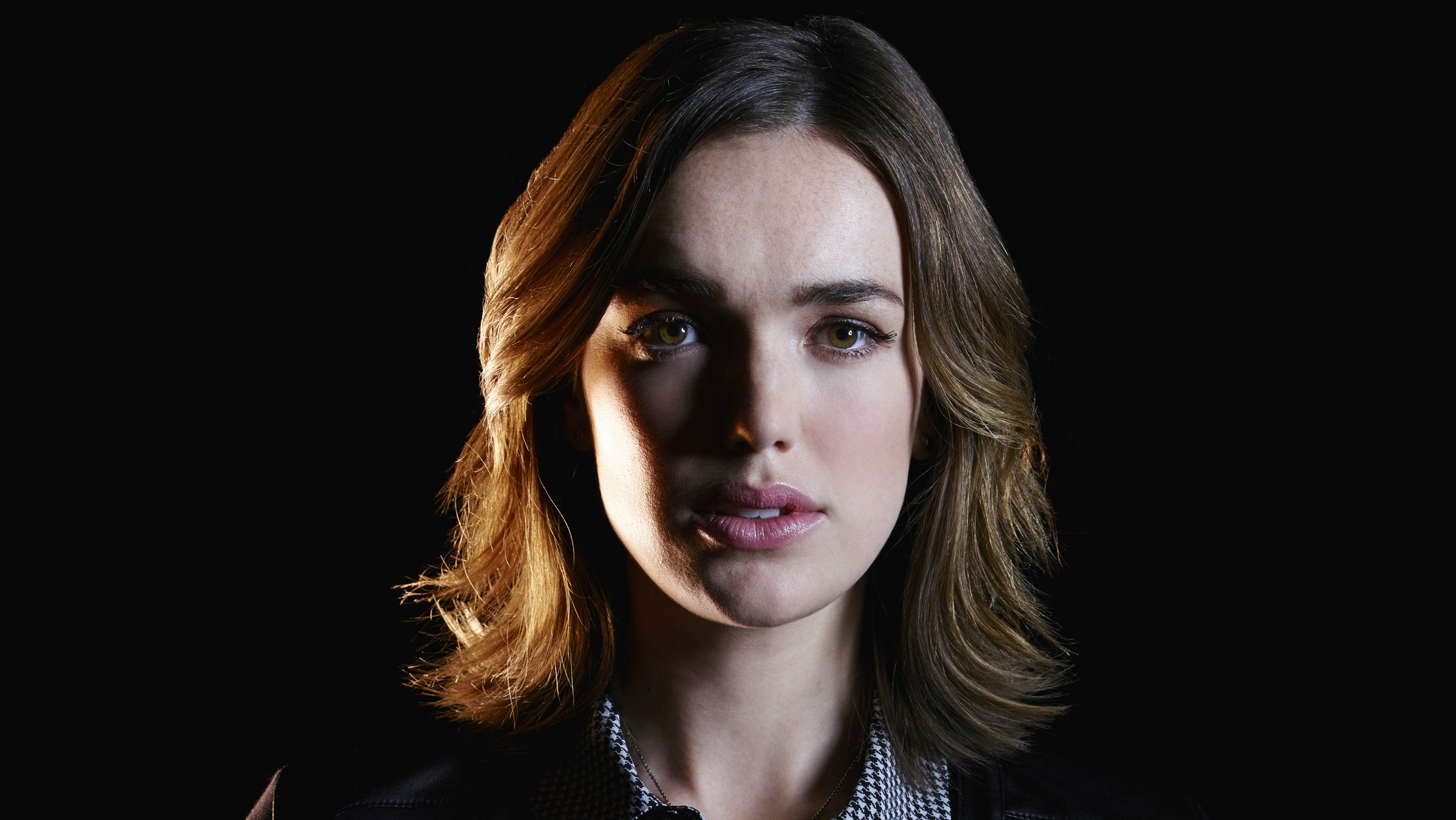 Agents Of Shield What The Hell Happened To Jemma Simmons