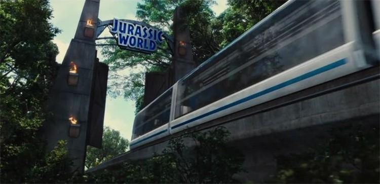 jurassic-world-monorail