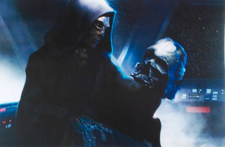 darth-vader-s-revival-who-is-the-grave-robber-in-star-wars-7-alas-poor-vader-488353