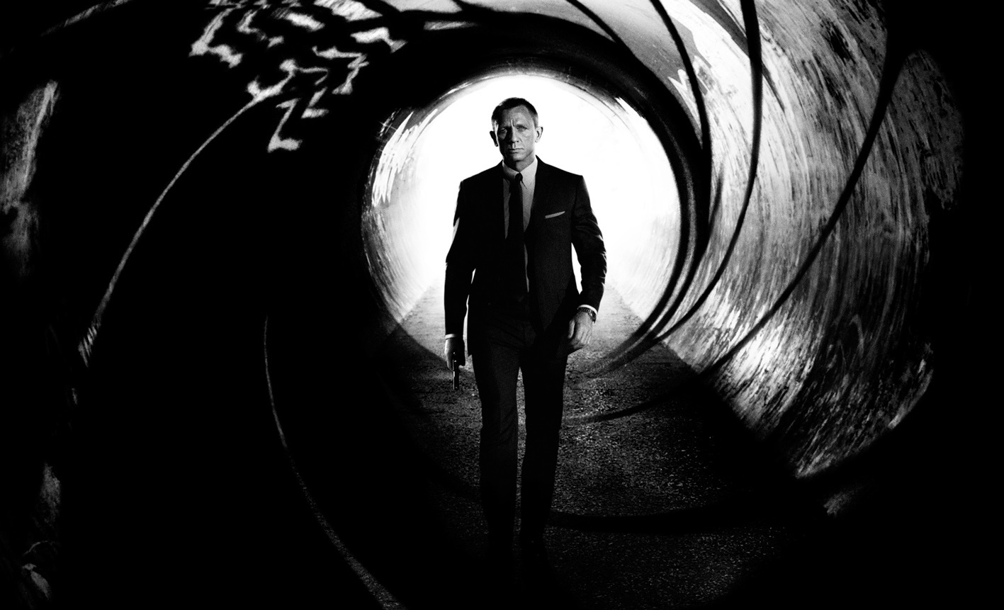 the definitive chronological viewing guide to the james bond films updated overmental. Black Bedroom Furniture Sets. Home Design Ideas